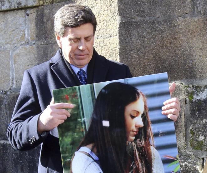 El padre de Diana Quer, Juan Carlos Quer, en A Pobra do Caramiñal con...