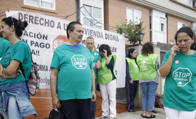 Miembros de CsenM forman parte de la plataforma Stop Desahucios en Castellón y han evidenciado otros casos antes.