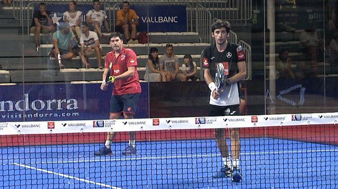 Cristian Gutiérrez y Franco Stupaczuk en octavos de final.