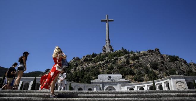 La exhumación de Franco del Valle de los Caídos ha disparado las...