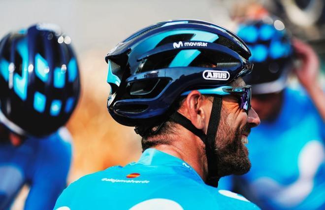 Alejandro Valverde, en Fuengirola, antes de salir a rodar en la jornada previa al comienzo de la Vuelta.