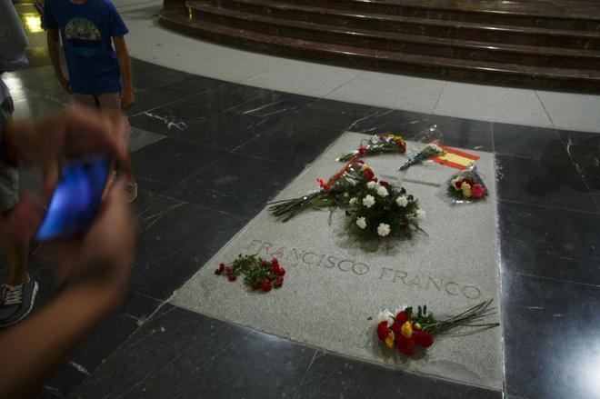 La tumba del dictador este viernes, día en que el Gobierno aprobó el...