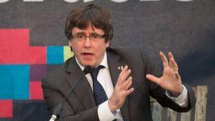 """Puigdemont insta a Sánchez a """"hacer algo concreto"""" sobre la autodeterminación"""