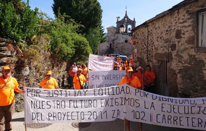 Concentración llevada a cabo por los vecinos de Porto el pasado domingo 26 de agosto.