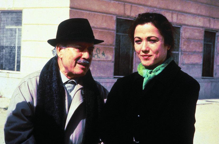 José Luis López Vázquez y Eulalia Ramón en 'Fuera de juego', que se emite este miércoles en La 2.