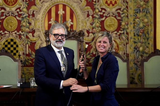 Fèlix Larrosa con quien será su 'mano derecha', Montse Mínguez.