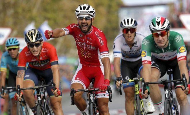 Bouhanni festeja su victoria en la meta de San Javier.