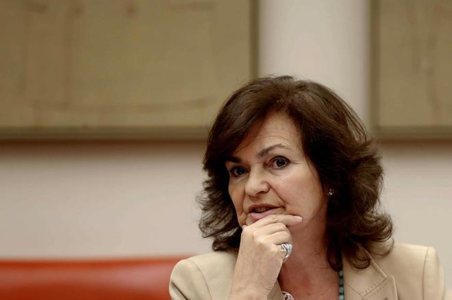 La vicepresidenta del Gobierno, Carmen Calvo, durante su comparecencia...
