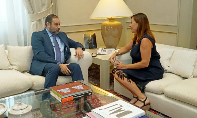 Armengol asegura que Fomento financiará el tranvía al aeropuerto