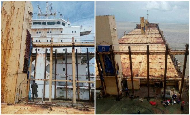 Las autoridades registran el interior del barco en busca de...