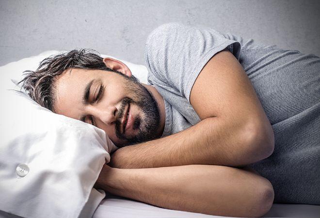 Esta noche te despertarás 20 veces..., y otras curiosidades del sueño   Bienestar