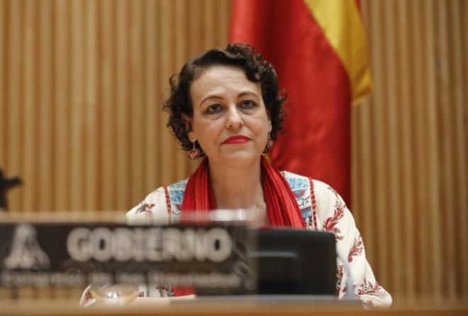 La ministra de Trabajo, Magdalena Valerio, comparece en el Congreso de...