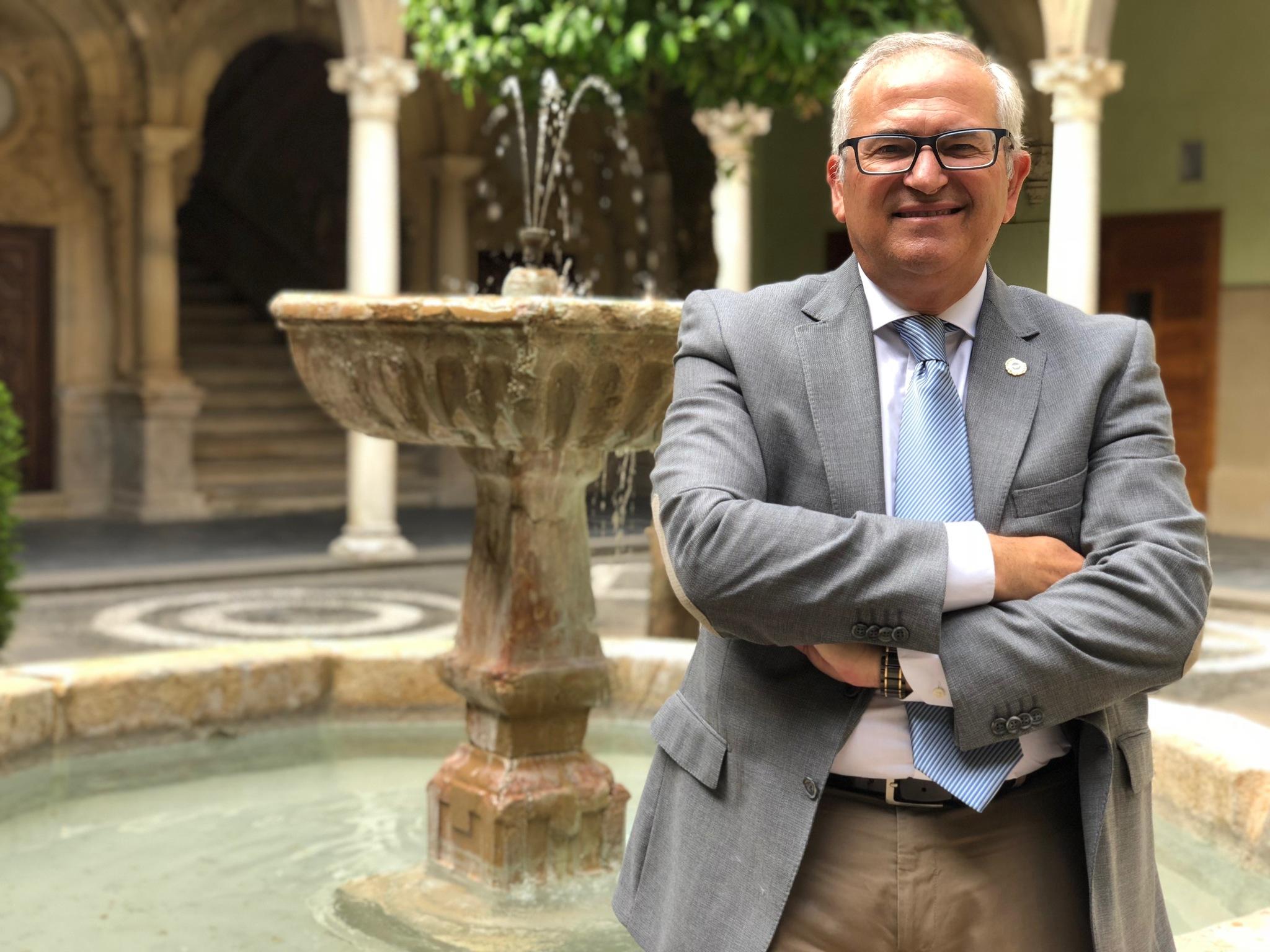 Manuel Parras en la sede Antonio Machado de Baeza.
