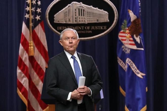 El fiscal general Jeff Sessions, en la Casa Blanca.