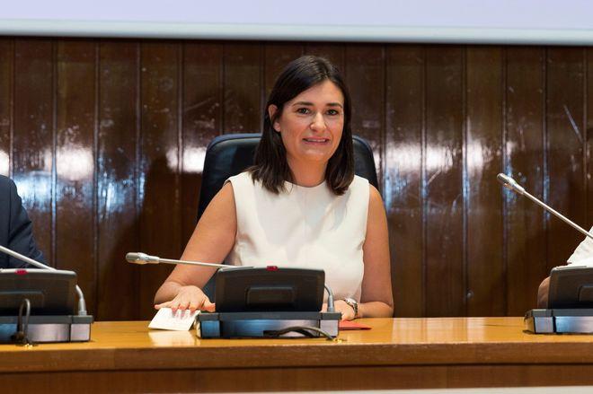 La ministra de Sanidad, Carmen Montón, en una reunión el pasado...