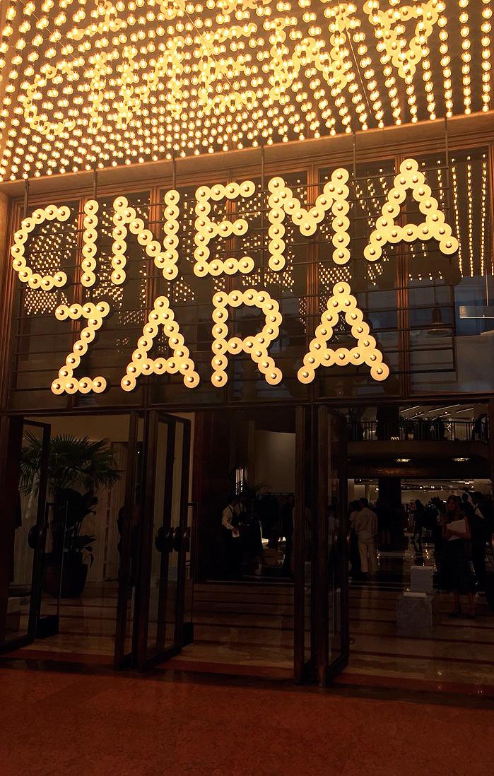 La nueva tienda de Zara en Milán mantiene elementos del cine Astra,...