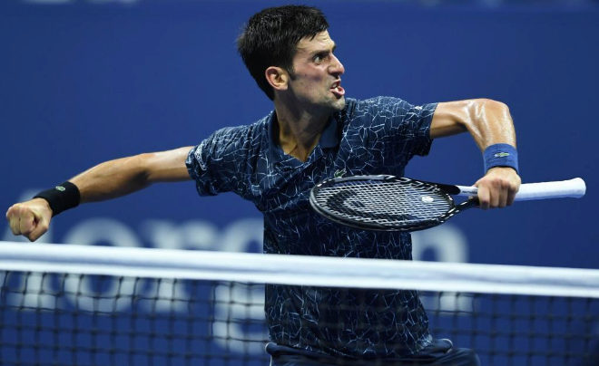 El serbio, Novak Djokovic celebra su pase a semifinales del US Open frente al australiano John Millman.