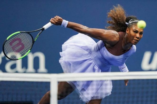 Serena Williams, durante su partido de semi finales del US Open en el que derrotó a la letona Anastasija Sevastova en dos sets.