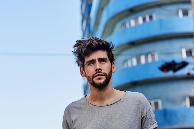 El cantante Álvaro Soler publica nuevo disco