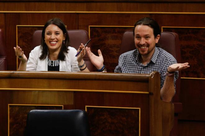 Irene Montero y Pablo Iglesias, en una sesión del Parlamento