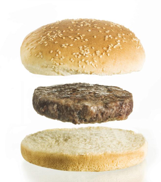 La carrera científica para que la hamburguesa no proceda del animal pero sepa igual