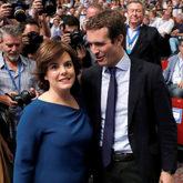 Soraya Sáenz de Santamaría y Pablo Casado, en el congreso...