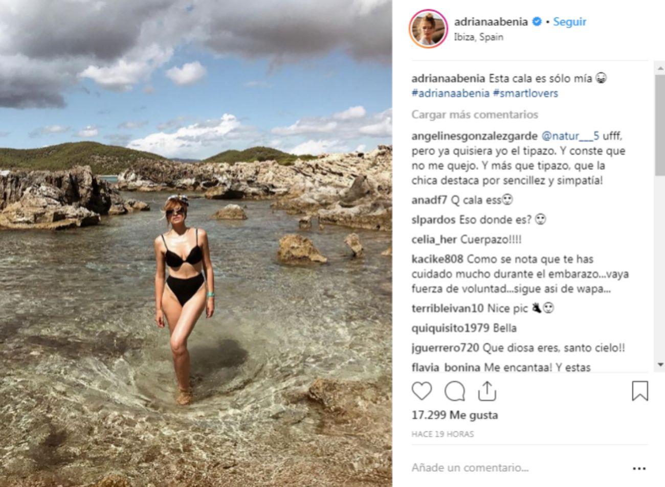 Adriana Abenia disfruta de los últimos días de sol en las playas de...
