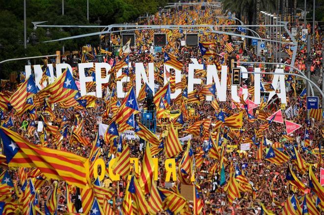 Un millón de independentistas, según la Guardia Urbana, se ha manifestado en Barcelona esta Diada.