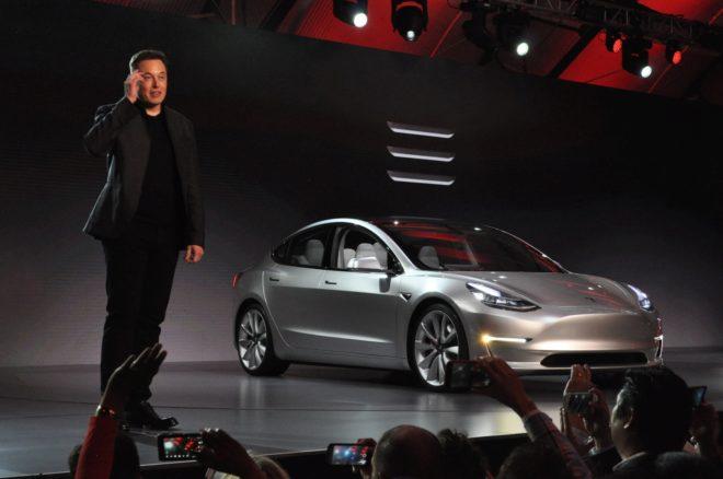 Elon Musk, consejero delegado de Tesla, durante la presentación del Model 3.