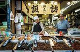 El legendario mercado de Tsujiki, la mayor lonja de pescados y...