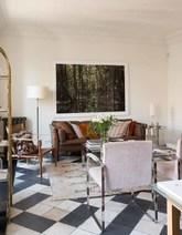 Sofá danés de cuero comprado en un anticuario de Oporto. Mesa de...
