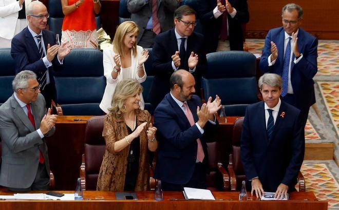 El presidente de la Comunidad de Madrid, Ángel Garrido, tras finalizar su discurso.