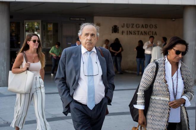 Enrique Álvarez Conde, ex director del Instituto de Derecho Público,...