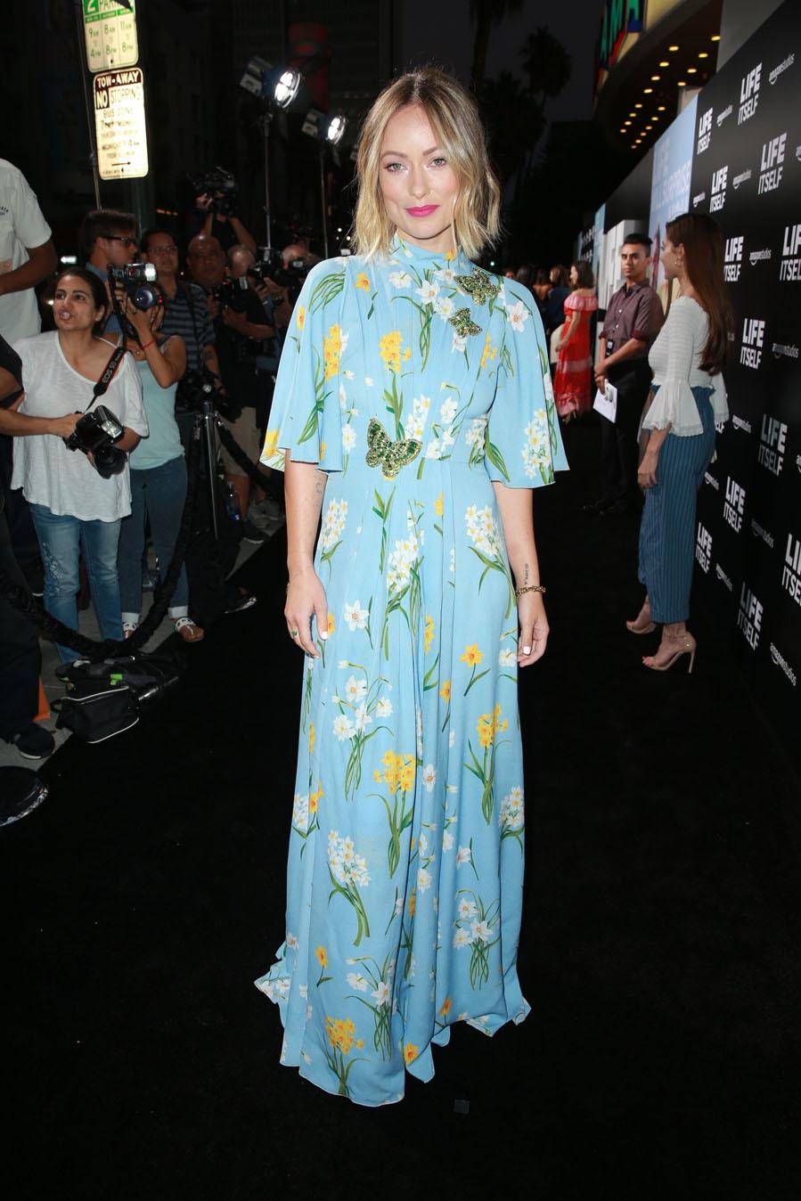 En el estreno de Life itself, la actriz eligió un vestido vaporoso...