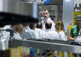 El Rey Felipe VI durante la inauguración de la nueva factoría de...
