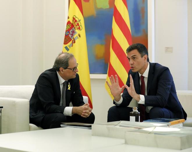 Pedro Sánchez y Quim Torra, durante su reunión en La Moncloa el...