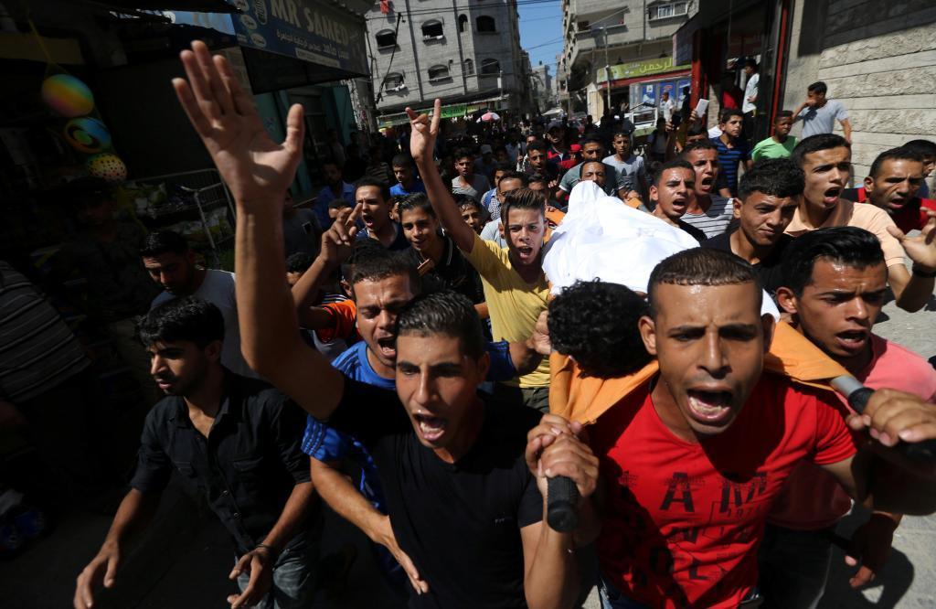 Manifestación tras la muerte del adolescente fallecido.