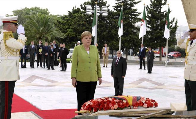 Angela Merkel quiere el cese del jefe de los servicios secretos, según el diario 'Die Welt'