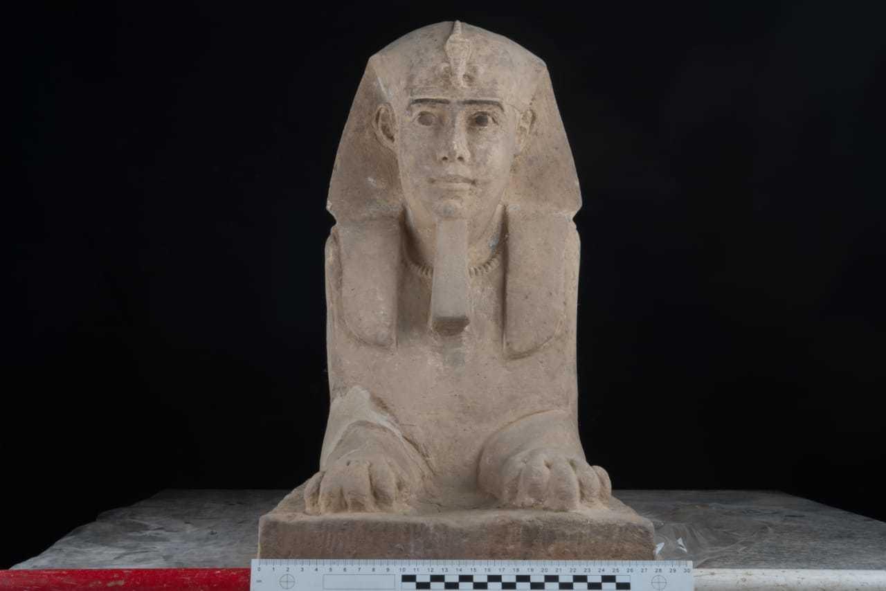 ARQUEOLOGIA: La nueva esfinge 'miniatura' del final del Imperio Egipcio