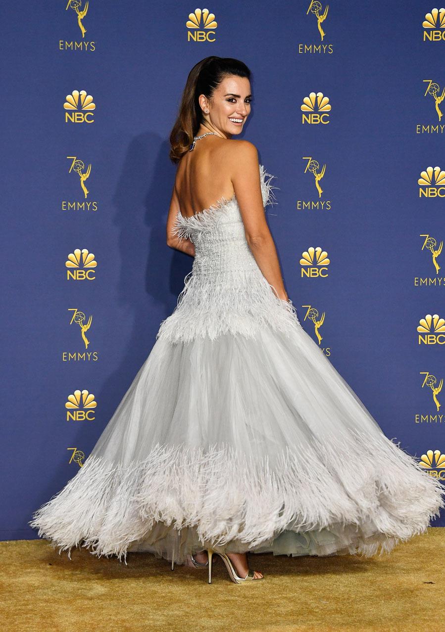 Penélope Cruz, de Chanel - Premios Emmy 2018
