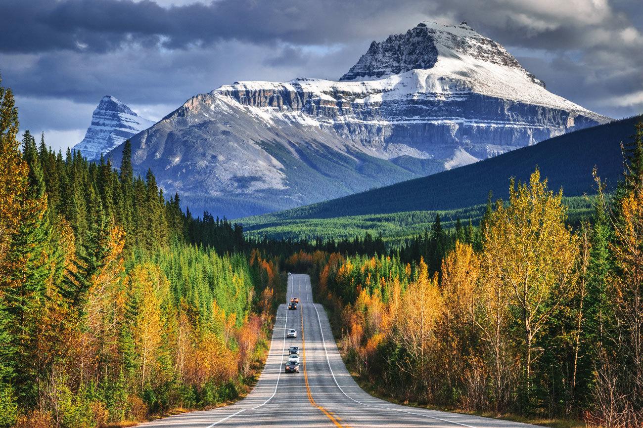 La Icefield Parkways conecta los Parques Nacionales Banff y Jasper,...