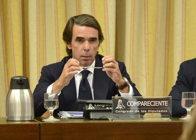 José María Aznar, en la comisión parlamentaria sobre la 'caja b' del PP.