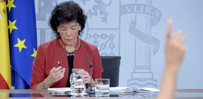 La ministra de Educación, Isabel Celaá, en la rueda de prensa tras el Consejo de Ministros del pasado viernes.