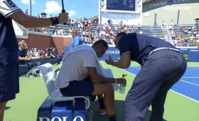 Dos semanas de sanción al juez de silla que intentó motivar a Kyrgios en el US Open
