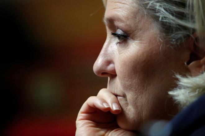 La presidenta de la ultraderechista Reagrupación Nacional, en la Asamblea Nacional, en París.