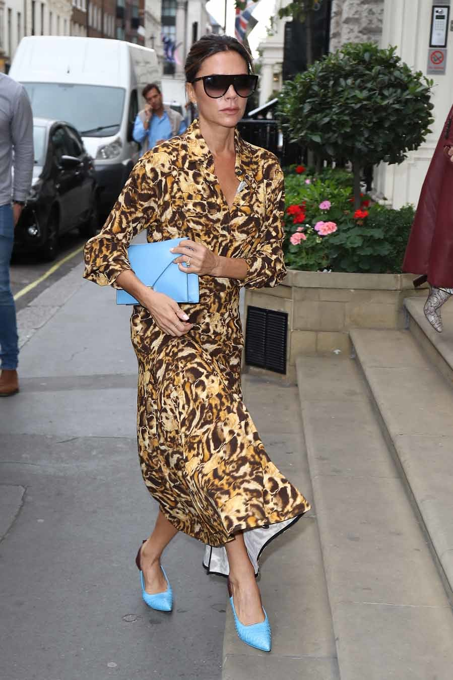 La diseñadora ha dado en el clavo con este combinación de vestido...
