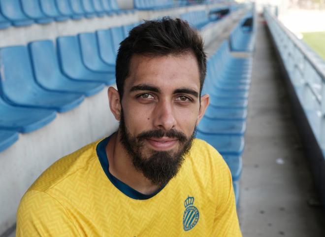 Borja Iglesias, delantero del Espanyol, en la Ciudad Deportiva Dani Jarque.