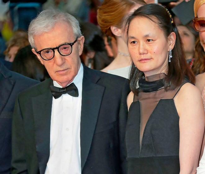 El director de cine Woody Allen y su esposa, Soon Yi.