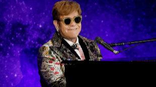 """The Sun pagará una cifra """"significativa"""" por difamar a Elton John y a su perro"""