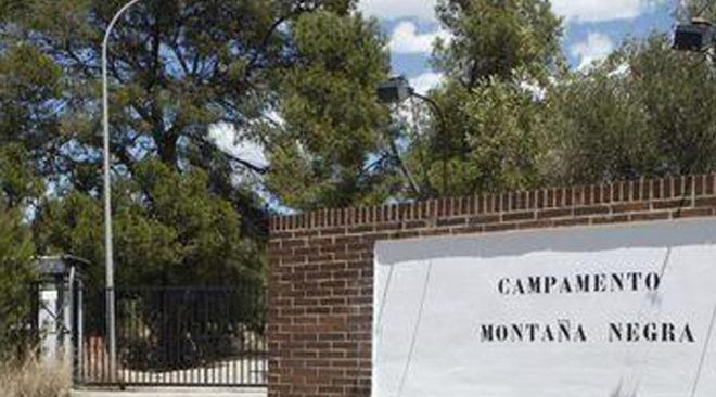 La entrada al campo militar situado entre Castellón y Borriol.